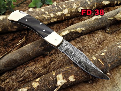Damascus Steel Blade Back Lever Lock Folding Knife, Natural Bull Horn Scale with Brass Bolster, Leather Sheath Included
