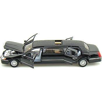 Kinsmart Die-Cast Metal 1999 Lincoln Town Limousine Car_Black