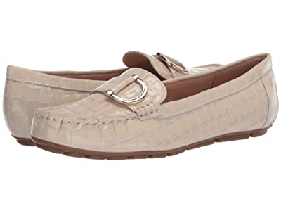 Easy Spirit Evolve Mink (Ivory) Women