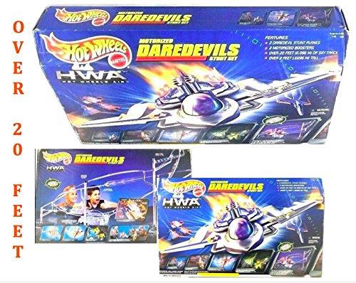 Mattel Hot Wheels Motorized Daredevils Stunt Set HWA Hot Wheels Air Planes