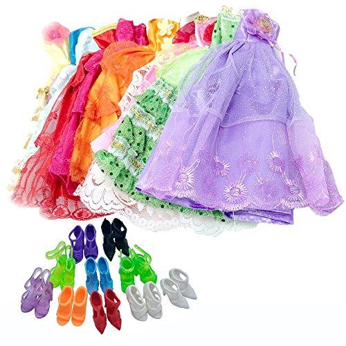 Lance Home 5 Robes Vêtements et 10 Paires de Chaussures pour 11,5 \