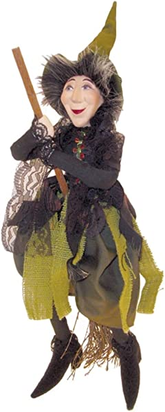 Witches Of Pendle Rebecca Witch Flying Green 32cm