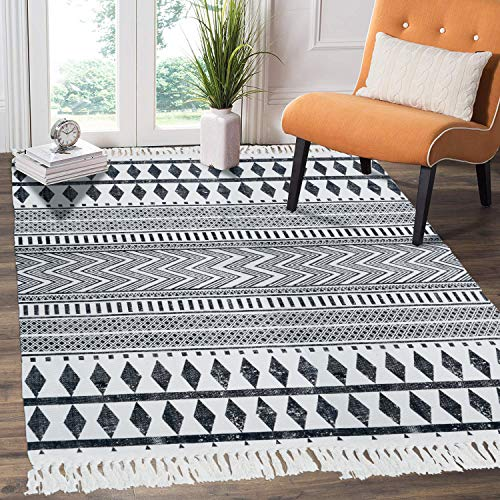 HEBE Cotton Area Rug 4' x 6' Machine Washable Large Hand Woven Black and White Cotton Rugs with Tassels Printed Geometric Bohe Rug for Living Room, Bedroom, Laundry Room, Entryway