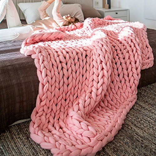 EASTSURE Chunky Knit Blanket Bulky Sofa Throw Hand-Made Super Large Pet Bed Chair Mat Rug Pink...