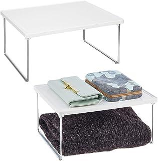 mDesign Juego de 2 estantes adicionales para ropa – Balda auxiliar de metal y plástico para sumar espacio de almacenaje en los armarios – También útil como organizador de armarios de cocina – blanco