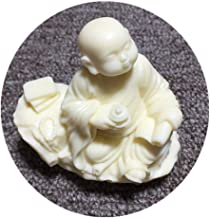 Small Monk Sculpture Hand-carved Ivory Fruit Buddha Statue Crafts Home Decoration Accessories Character Mini Statuesmall M...