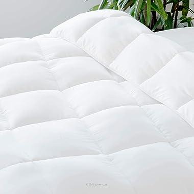 LINENSPA All-Season White Down Alternative Quilted Comforter - Corner Duvet Tabs - Hypoallergenic - Plush Microfiber Fill - M