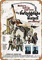 Switchblade Sistersメタルウォールサインレトロプラークポスターヴィンテージ鉄シート塗装装飾アートワーク工芸品カフェビールバー