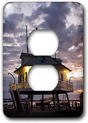 Single Duplex Receptacle Wallplate Outlet Wall Plate Chesapeake Bay Hooper Straight Lighthouse Us21 Wbi0063 Walter Bibikow 2 Plug Outlet Cover Amazon Com