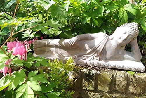 F&G Supplies - Figura decorativa de Buda para jardín o hogar, 60 cm de largo, efecto de piedra arenisca a prueba de heladas