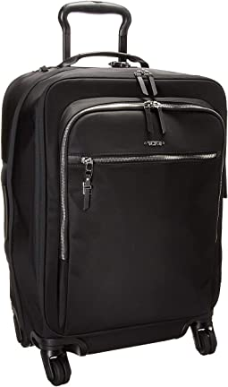Voyageur Tres Leger International Carry-On