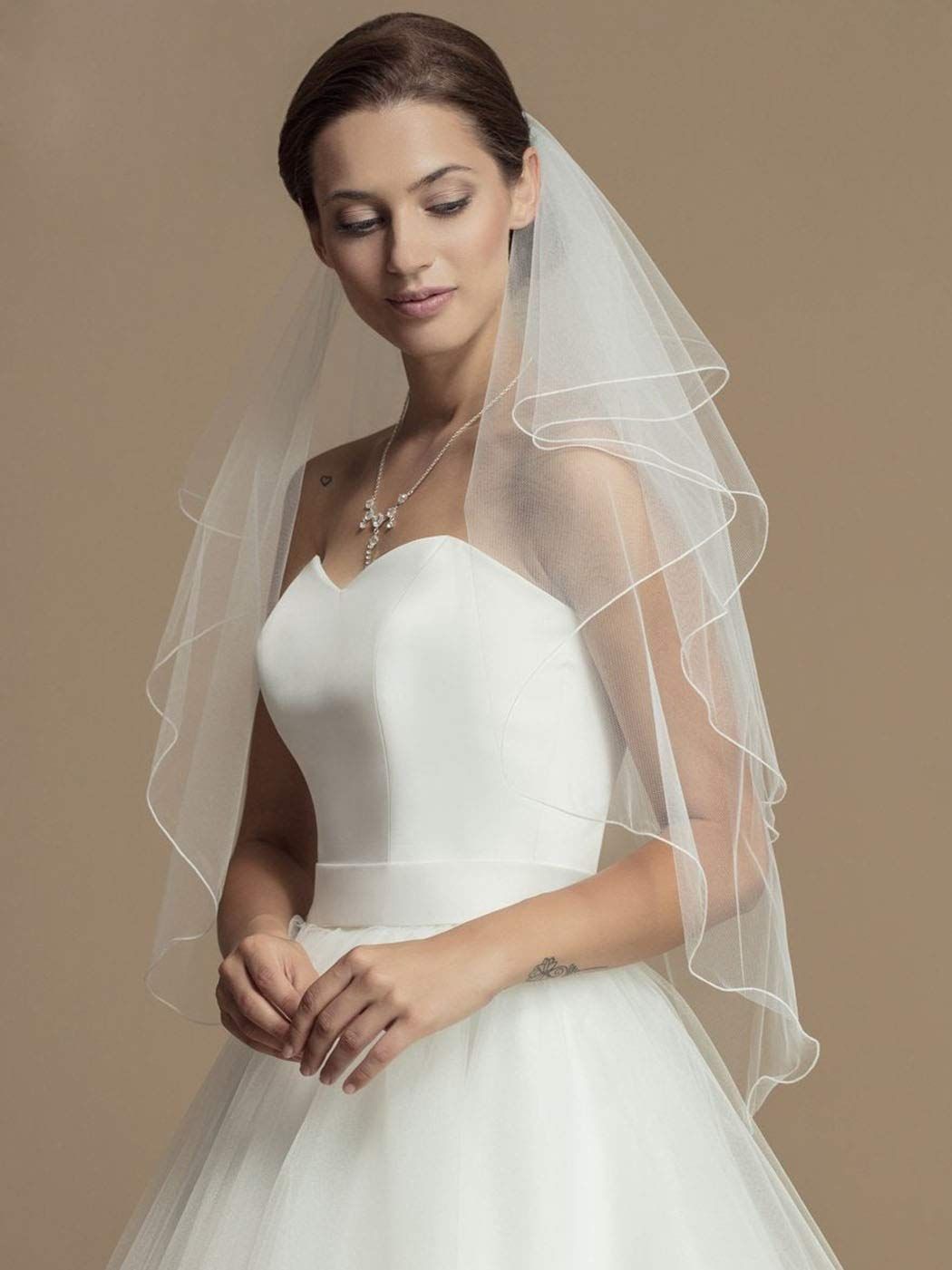Heread 2-Tier Wedding Veil Waist Length Short Bride Hair Accessoies Bridal Tulle with Comb and Pencil Edge (White)