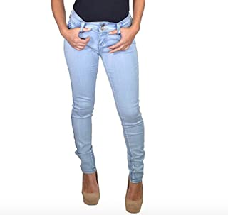 a3eda790c12f2 Amazon.com  outfits - Light Wash   Jeans   Clothing  Clothing