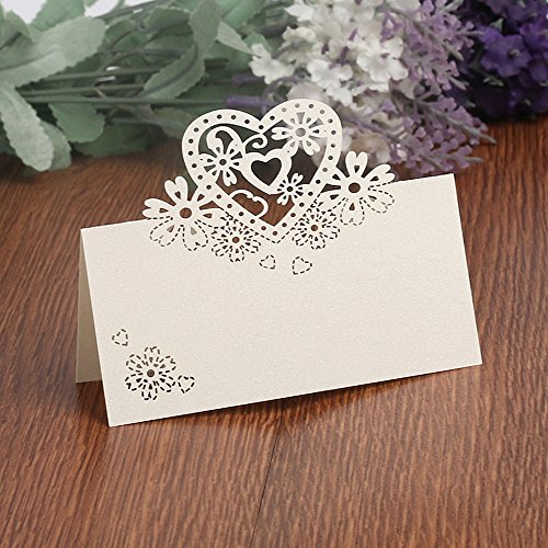 T-shin 50PCS Wedding Guest Name Place Cards Party Table Name Place Cards Paper Table Numbers Place Card Escort Name Card Laser Cut Design for Wedding Party Decoration Favor (Silver-Heart)