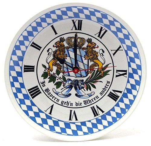 Bavariashop Bayerische Rückwärtsuhr, Wanduhr, Rückläufiges Uhrsystem, Wappen, Bayern Karo, Farbe Blau, 19 cm Durchmesser, Wandhaken