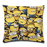 Minions – Cojín – All Over – 100% poliéster – 40 x 40 cm