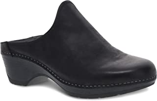 Dansko Women's Melody Slip-On Mule - أحذية مريحة