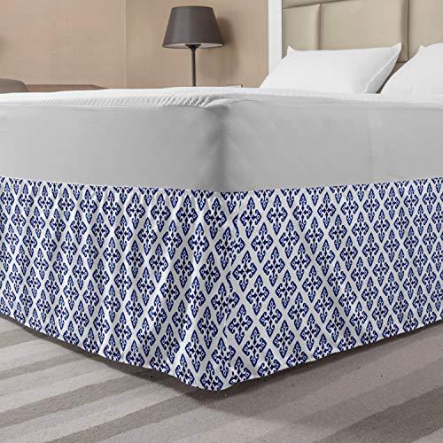 Lunarable Quatrefoil Bettrock, Blumenähnliche Motive in einfarbigem Eastern Design, elastischer Bettvolant, Staub-Rüschen, Wickeltuch für Bettwäsche, Dekor, Queen, Blau Indigo