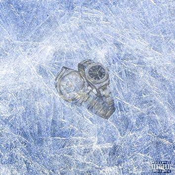 Froze (feat. Gavvin)