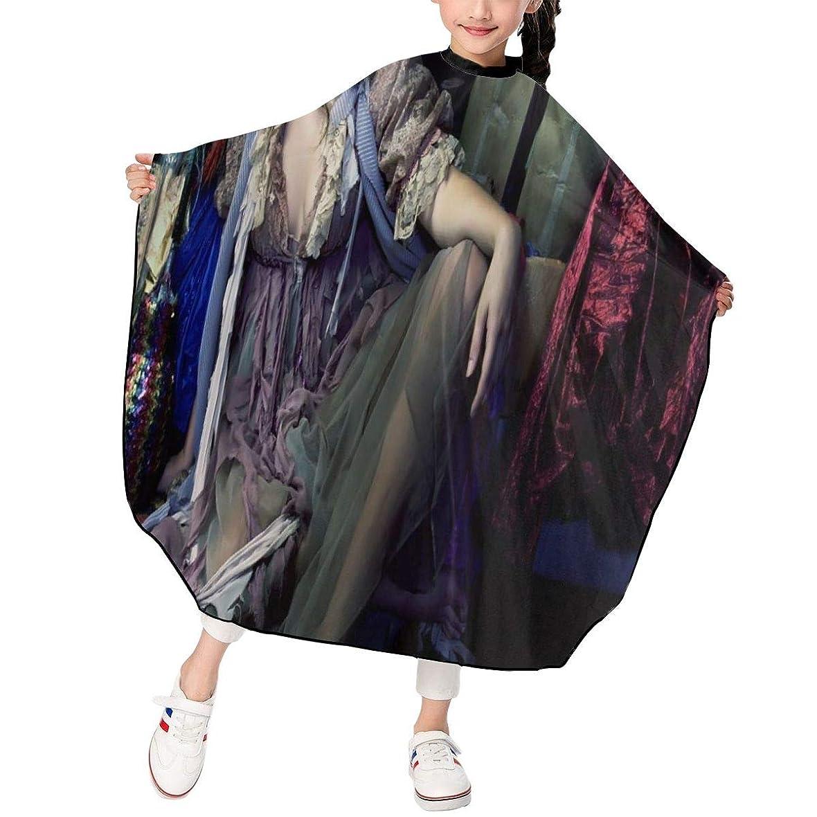 社会科小包ベリー最新の人気ヘアカットエプロン 子供用ヘアカットエプロン120×100cm 俳優ジェシカ アルバJessica Alba 柔らかく、軽量で、繊細なポリエステル生地、肌にやさしい、ドライ