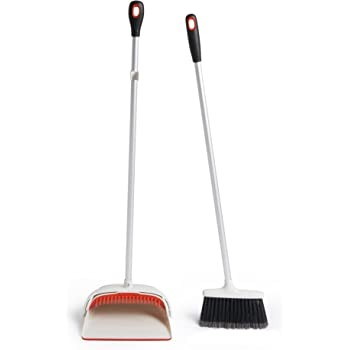 OXO 1335280 Good Grips Small Upright Sweep Set,White/Orange