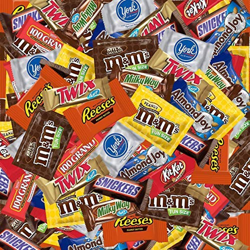 SMALL BAG Bundle with (16 Ounce) Variety Assortment Mix Bulk Pack Chocolate M&M's, Snickers, Milky Way, Reese's, York, 100 Grand, Almond Joy, and many more.