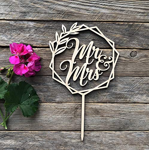 HappyPlywood Mr and Mrs Wooden Cake Topper Wreath Cake Toppers for Wedding (Unpainted)