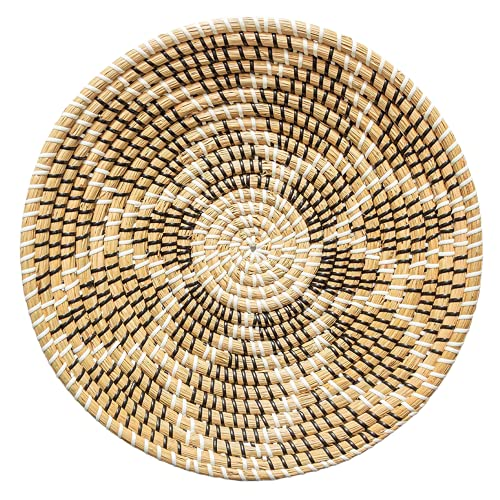 Chicnchill Boho Wall Basket - Seagrass Wall Flat Basket – Multipurpose Round Wicker Tray – Handcrafted Fruit Hanging Basket - Rustic Modern Boho Home Decor.9 (13.7 In)