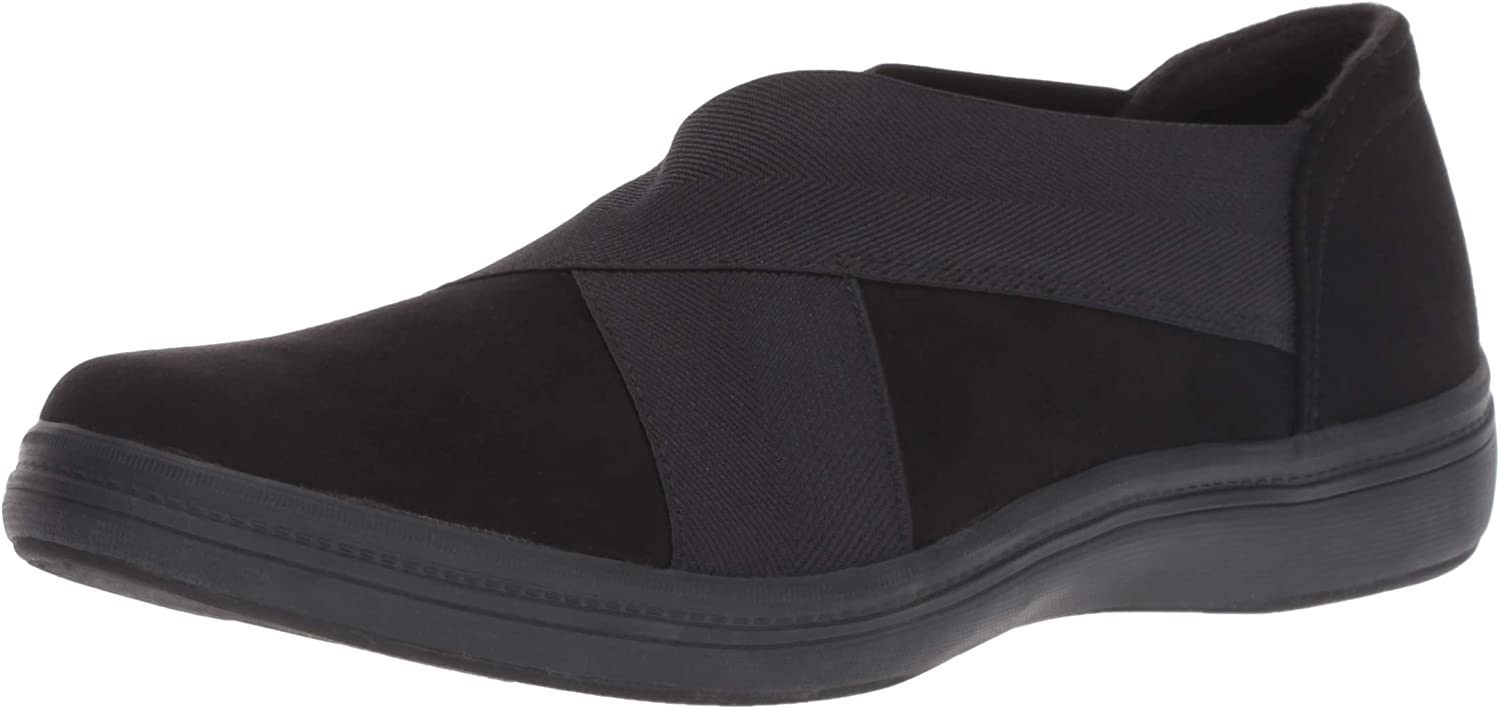 Grasshoppers Womens Haven Microsuede Ballet Flat