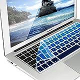 kwmobile Tastaturschutz kompatibel mit Apple MacBook Air 13''/ Pro Retina 13''/ 15'' (bis Mitte 2016) - QWERTZ Silikon Laptop Abdeckung Hellblau Dunkelblau