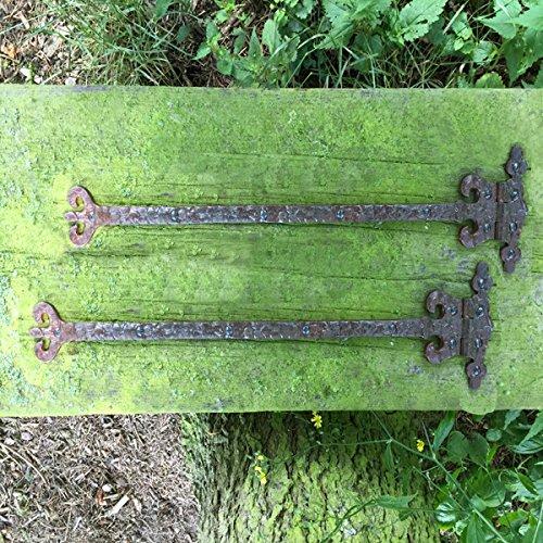 Antikas - Mittelalterliche Zierbeschläge - 2 antike Truhen Bänder Möbel Beschläge Torband