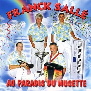 Au Paradis Du Musette