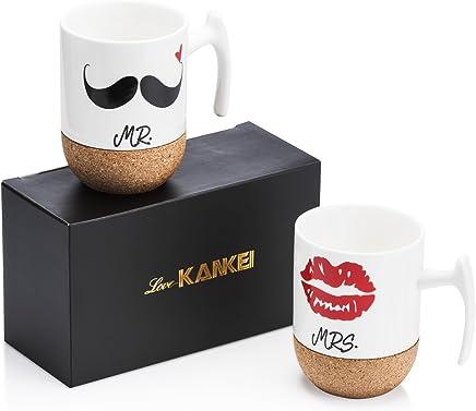 Love-KANKEI® Mr Mrs Tazas de cerámica con fondo de corcho novedoso - Regalos de boda / Aniversario Regalos de boda para parejas - Juego de 2 / 10.5 oz