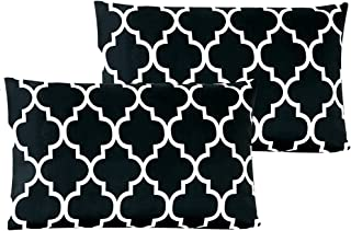 Mellanni Luxury Pillowcase Set - Brushed Microfiber Printed Bedding - Wrinkle, Fade, Stain Resistant - Hypoallergenic (Set of 2 Standard Size, Quatrefoil Black)