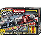 Carrera Toys GO!!! Speed Grip Set Pista da Corsa e Due Macchinine, Una Ferrari e Una Merce...