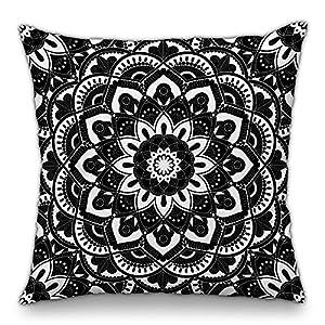 Moyun Mandala en Blanco y Negro Funda de Almohada Serie Funda de Cojín Decorativo Hippie Bohemio Psicodélico Floral… | DeHippies.com