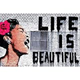 GREAT ART Fotomurale – Life is Beautiful – Banksy Pop Art Streetart Arte di Strada Stencil Graffiti La Vita è Bella Decorazione da Parete Carta da Parati 210 x 140 cm