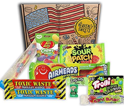 Heavenly Sweets Amerikanische Saure Süßigkeiten Geschenkbox - Warheads, Trolli, Laffy Taffy, Sour Patch, CryBaby, Jelly Belly - Geburtstag, Halloween, Weihnachten - 10 Snacks, Retro-Box - 25x18x2,5 cm