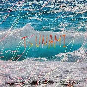TSUNAMI (feat. AyeJay Freez)