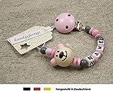 kleinerStorch Baby SCHNULLERKETTE mit Namen - Schnullerhalter mit Wunschnamen - Mädchen Motiv Bär in rosa