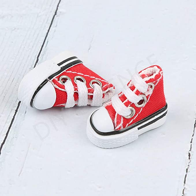 DIY-SCIENCE Mini Finger Shoes, Cute Tiny Shoes for Finger Breakdance/ Fingerboard/ Doll Miniature Shoes/ Making Sneaker Keychains etc. (Red)