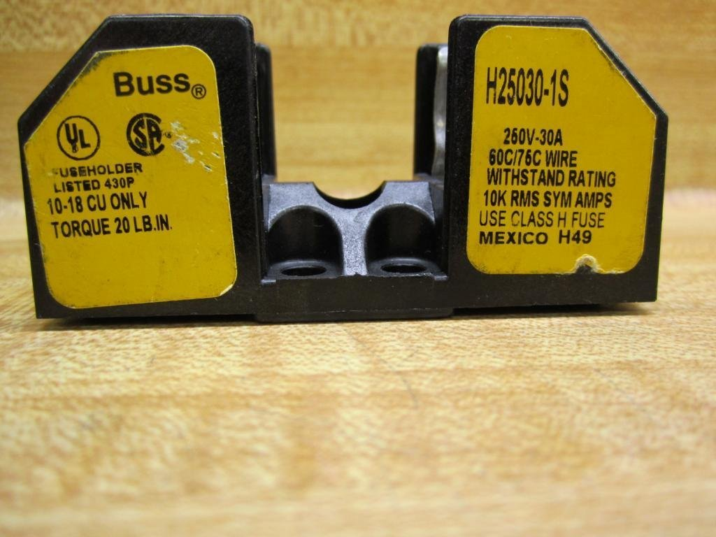Long-awaited Bussman H25030-1S Challenge the lowest price of Japan Buss was Fuseblock 1B0001