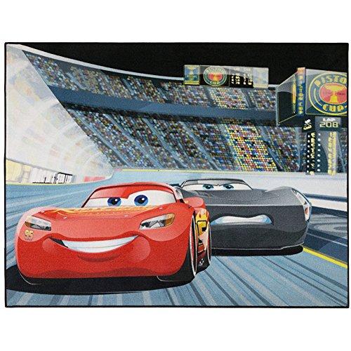 Disney Cars Kinderteppich 95cm x 125cm für das Kinderzimmer - Kinderteppich Stadion mit Lightning Mc Queen und Jackson Storm