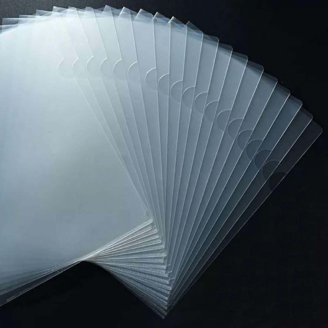 Juego de 20 portafolios de plástico transparente tamaño A4, parte superior y lateral abiertos.: Amazon.es: Oficina y papelería