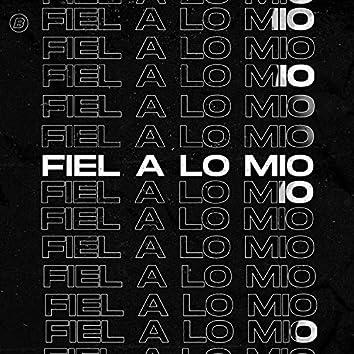 Fiel a lo mio (feat. ZHUE & Vallarino)