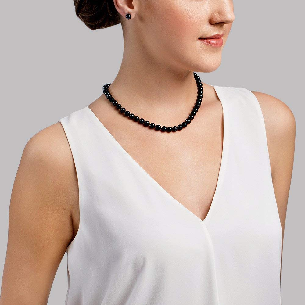 THE PEARL SOURCE 14K Gold 7.5-8.0mm Round Genuine Black Japanese Akoya Saltwater Cultured Pearl Necklace in 17