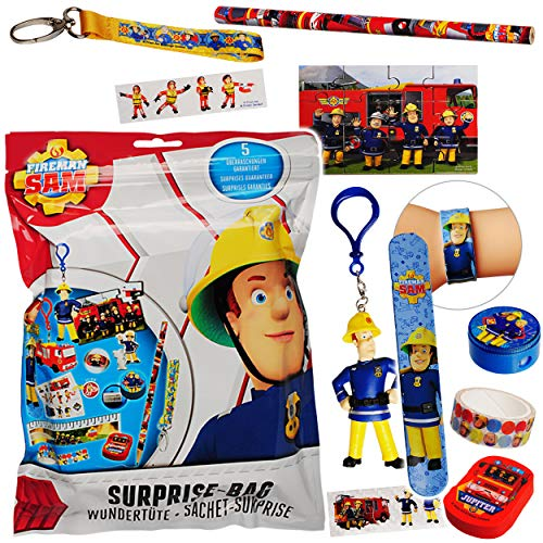 alles-meine.de GmbH 5 TLG. Geschenkset / Überraschungspaket - Feuerwehrmann Sam - XL Wundertüte & Überraschungstüte - Schlüsselanhänger - Schlüsselband - Spielfigur - Spielset - ..