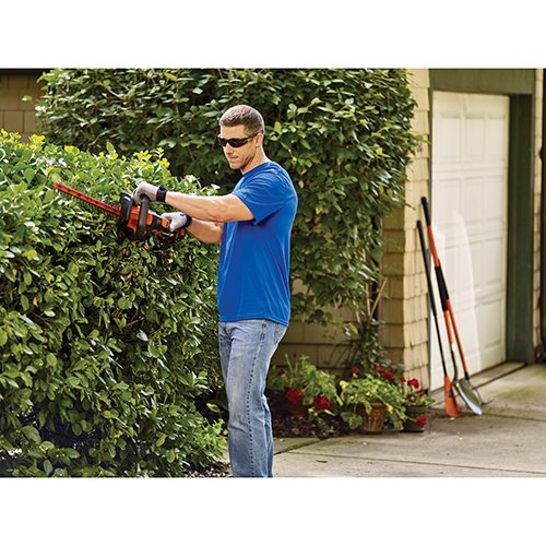 BLACK+DECKER LHT341FF 40V MAX Lithium POWERCOMMAND Powercut Cordless Hedge Trimmer