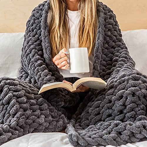 Jeffrey Luxury Knit Blanket
