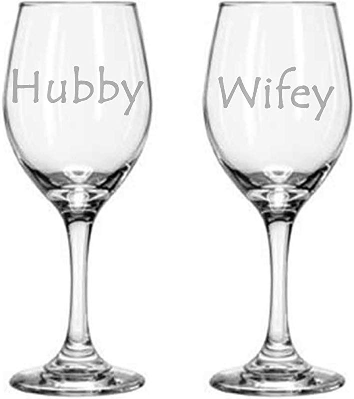WG125 Wifey Hubby Wife Husband Couple Married Wine Glass Set Gift For Celebration 11 Oz Clear Glass Set Of 2